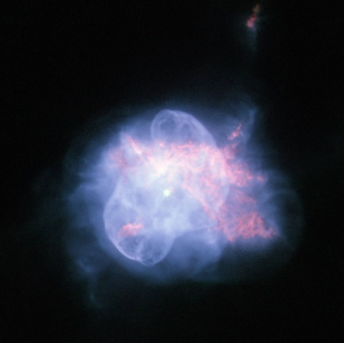 dying-star-hubble-image-101018-02