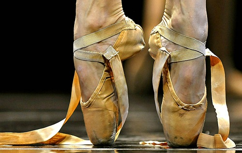 "The shoes of a dancer from the Complexions Contemporary Ballet before she performs a scene from ""Moon Over Jupiter"" during the  dress rehearsal before opening night at the Joyce Theater in New York on November 16, 2010."