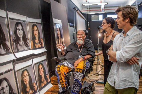 chuck-close-hollywood-portfolio.sw_.17.chuck-close-behind-the-scenes-ss11