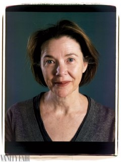 chuck-close-hollywood-portfolio.sw_.17.ss15-annette-bening-hollywood-portfolio-chuck-close-vf